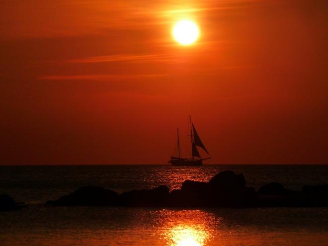sailing-ship-384677_1280
