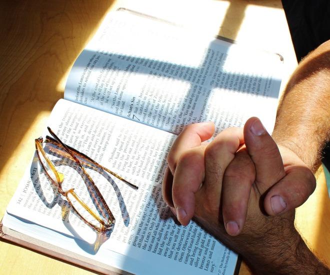 prayer-708389_1280