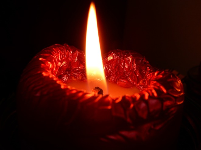 candle-1102588_1920