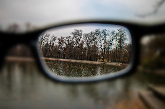glasses-1042090_1280