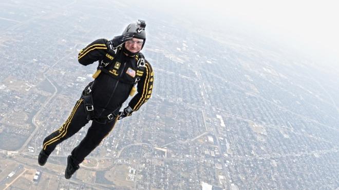 skydiving-671185_1280