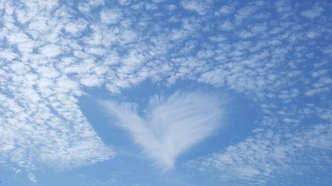 clouds-1152735_1280
