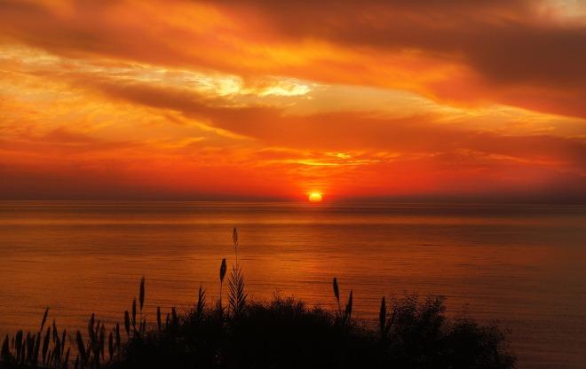 sunset-1046475_1280