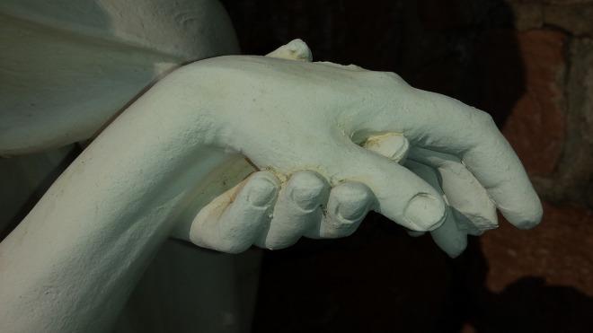 hands-683950_1280