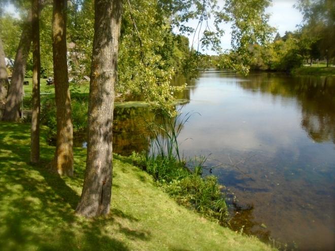 dreamy-river