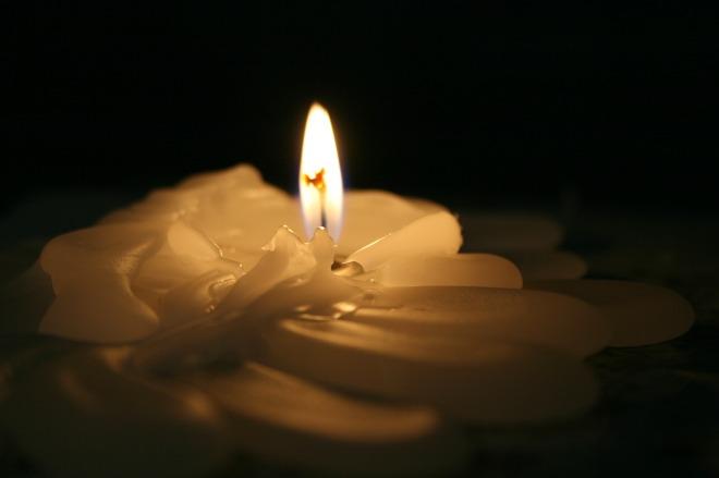 light-1789101_1280